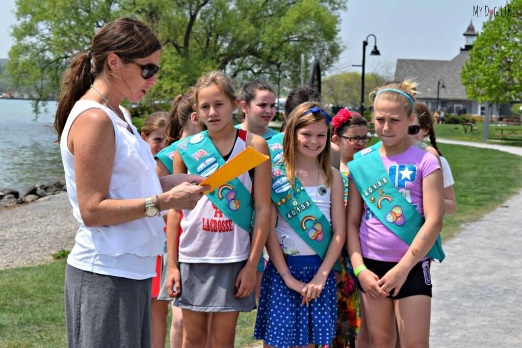 Girl Scout Bronze Award Ideas - Paws in the Park