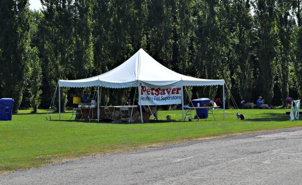 As with so many dog friendly events near Rochester NY, PetSaver Superstore was a major sponsor of the NBBA World Series!