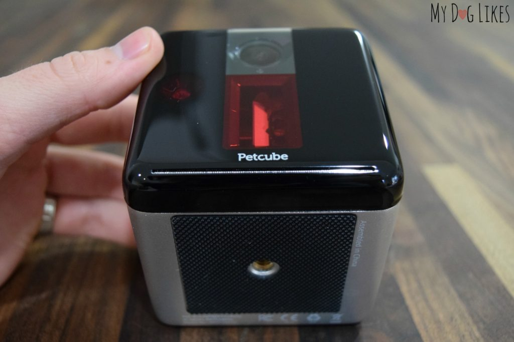 Choose to set up your Petcube by utilizing a tripod and the mounting hole on the bottom or taking advantage of the rubberized bottom and placing directly on a surface.